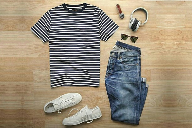 t-shirt outfit 2