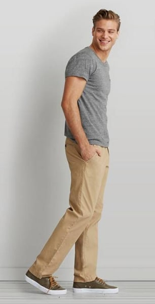 t-shirt outfit 1